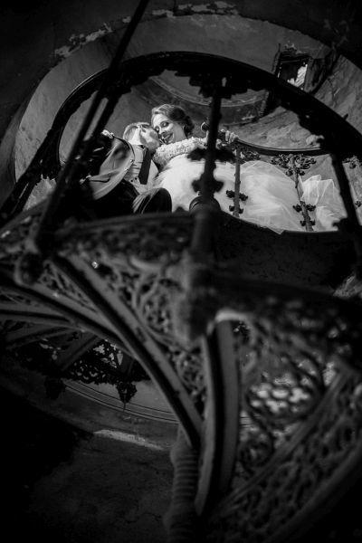 Czarno - biała fotografia ślubna, inspiruj się http://www.foto-video.gdziewesele.pl/