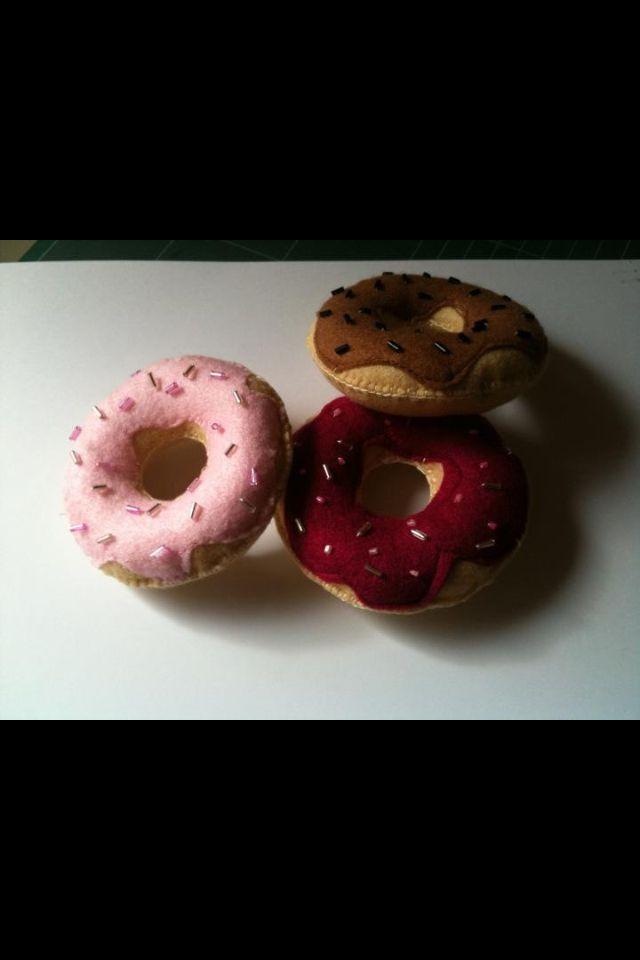 Felt doughnut pin cushions