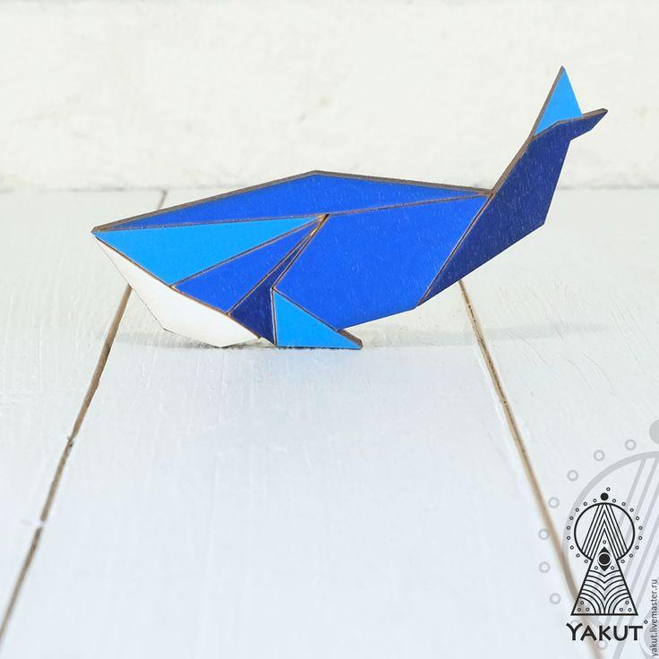 Купить Деревянная брошь Кит Индиго оригами / деревянный значок синий кит - брошь