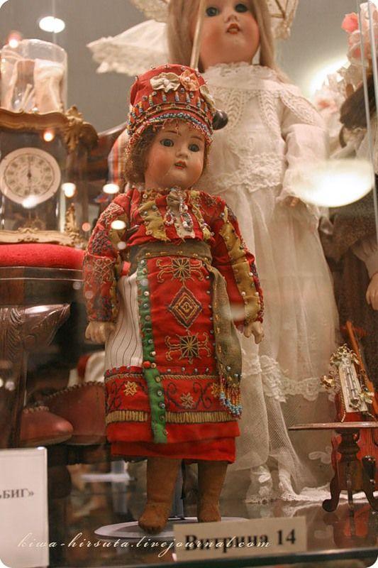 Кукла фабрики Шраер и Финнегугт. Музей уникальных кукол. Москва.
