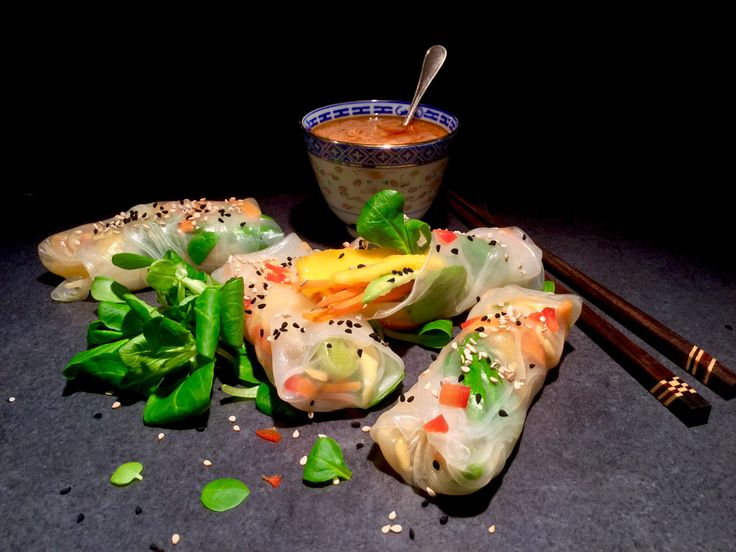 Vietnamese spring rolls with peanut-chili-sauce recipe on my blog: www.cukit.it