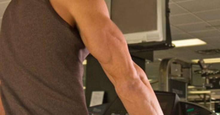 Como reduzir medidas no seu músculo latíssimo dorsal. Os músculos latíssimos dorsais são localizados na parte exterior das costas. Para fisioculturistas, eles são apontados como responsáveis por ajudar a fazer com que as costas pareçam mais largas. Enquanto um fisioculturista é motivado a construir um físico grande, nem todos são entusiastas sobre ter costas largas. Se deseja perder gordura na área ...
