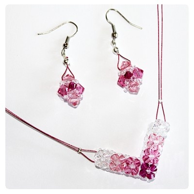 Swarovski Elements #5328 XILION Bead kristály gyöngyökből fűzött nyaklánc és fülbevaló inspiráció
