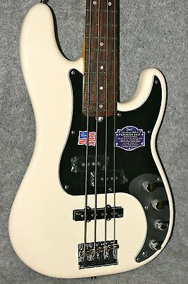 2012 Fender USA American Deluxe Precision P Bass Guitar w/Case World Unplayed
