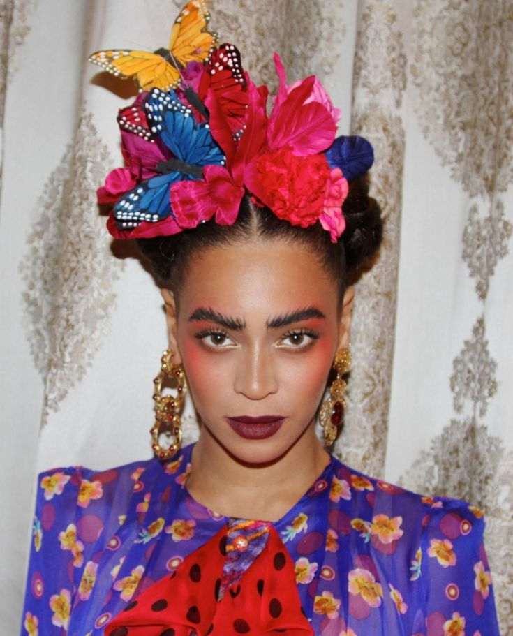 Beyoncé's Frida Kahlo costume makes the list of 2015′s most-wanted Halloween costumes. Photo: Instagram/@beyonce. Confused normal people are milling around thrift stores, and the Blockbuster Video that's sat abandoned since 2011 has undergone its yearly transformation into a Party City: It must be Halloween