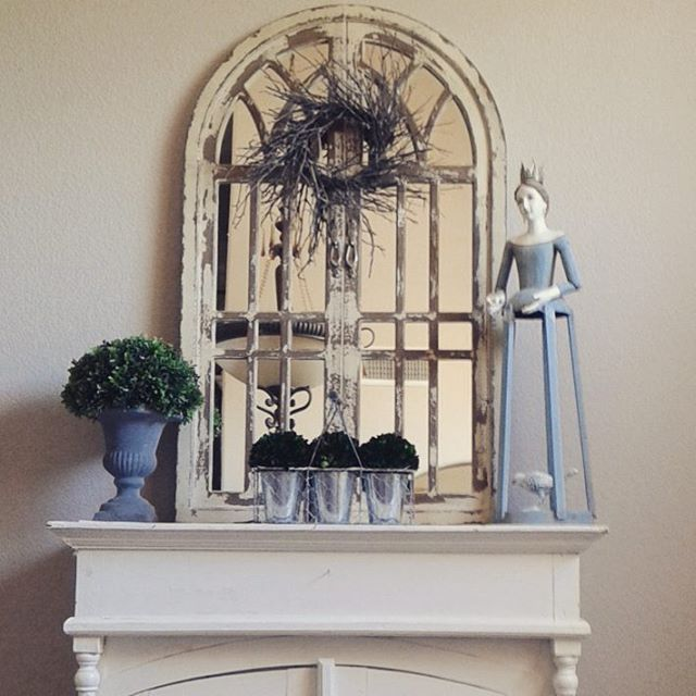 So happy with this amazing arched window/mirror from 'Through the Country Door' catalog. #fabfriday #fabfridayfind #arch #archwindow #springfling4decor #springvignette #springhassprunghometour #touchesoffarmhousecharm #vignette #fridayfarmhousefavorites #inspire_me_home_decor #foxhollowfridayfavs #farmchicfriday #fridayfarmhouseflair #fridayfarmhousefavorites #countryliving #homespringhome #myfabfindfriday #countrydoor #howyouhome
