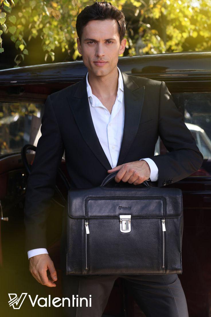 Sesja Valentini 2012 w roli głównej skórzana teczka idealna dla prawdziwego mężczyzny.