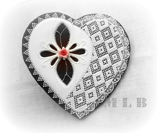 lace heart cookie - Google Search