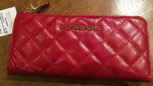 NWT-GENUINE-Michael-Kors-Red-quilted-Susannah-3-4-zip-continental-wallet-clutch