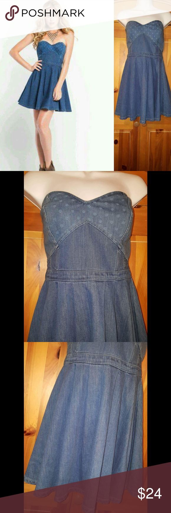 Guess Amelia Denim Mini Dress Super sweet Guess Amelia Denim Mini Dress.  Bustier top, Sweetheart neckline, & Exposed zipper Condition: Pre-Loved, EUC Retail: $108.00 Size:4  Length:25 in Bust: 28 in Questions down below CONSIDERING REASONABLE OFFERS Get it in time for that special event Same day-next day shipping Guess Dresses Mini