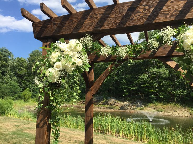 Wedding Arbor At York Maine Venue Foster S Clambakes And Catering