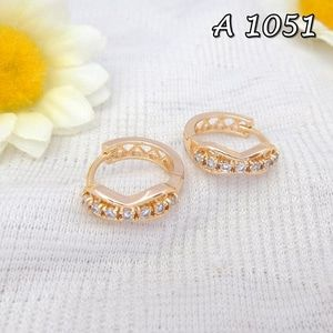 Jual Anting Xuping Perhiasan Line Emas A 1051 - Siti Xuping Grosir | Tokopedia Fast Respon Pin BB : DB26F989 No Hp : 081223398889