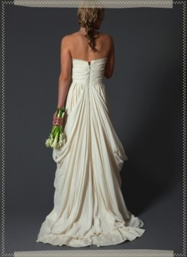 Beautiful back to a wedding gown
