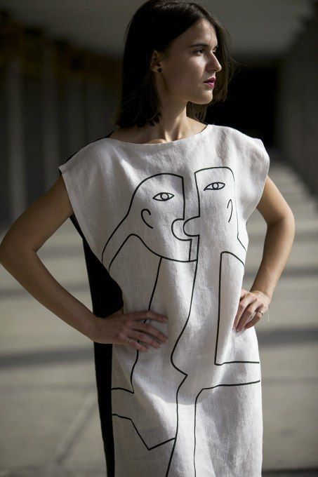 Oba White by Jain&Kriz. Print and pattern. Bold graphic art fashion. Cool and comfortable. 100% linen.