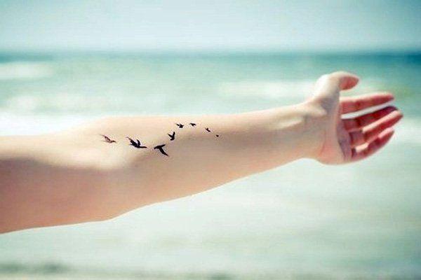 Small bird tattoo - 50  Cute Small Tattoos  <3 <3