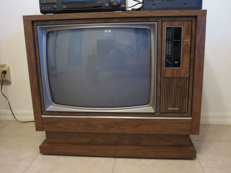 Vintage Panasonic 25 Quot Color Console Tv With Manual And