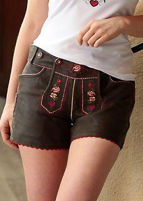 Trachtenlederhose kurz Damen mit Stickerei, Country Line von COUNTRY LINE bekommen Sie zu besten Konditionen im Universal Online Kaufhaus. Jetzt per Rechnung oder mit Ratenkauf online ordern.