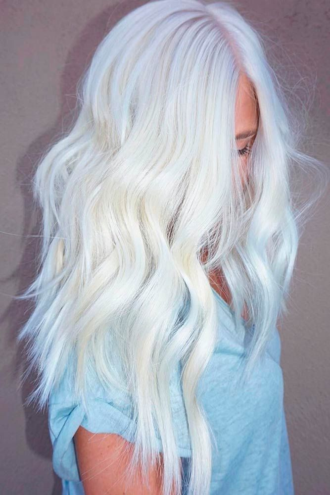 White blonde hair is the dream of many women disregarding the age. And there is no wonder why, just one look at these stunning blonde beauties makes you crave for the same look yourself.