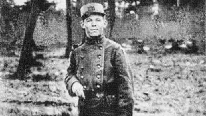 Culture - Jean-Corentin Carré, enfant soldat et héros de la Grande Guerre - France 24