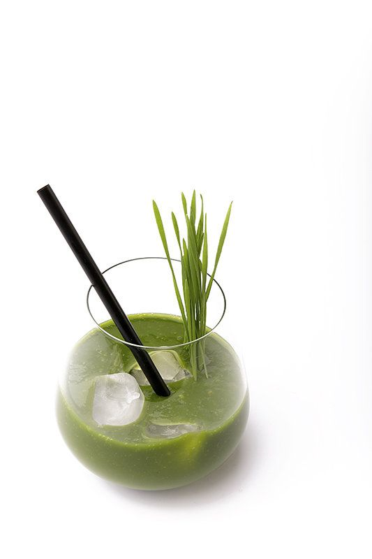 Smoothie van Wheat Grass, banaan en mango - Gastronomixs