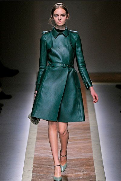 green leather trench coat? never thought it would look this good