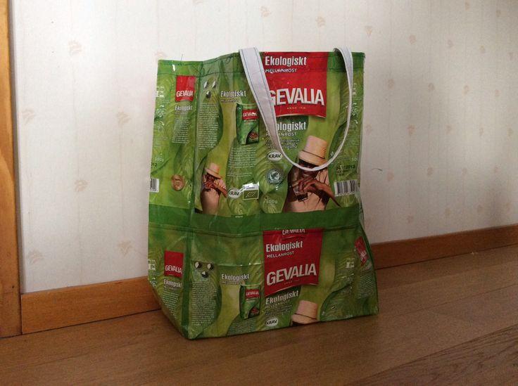Kaffepaket blir en väska