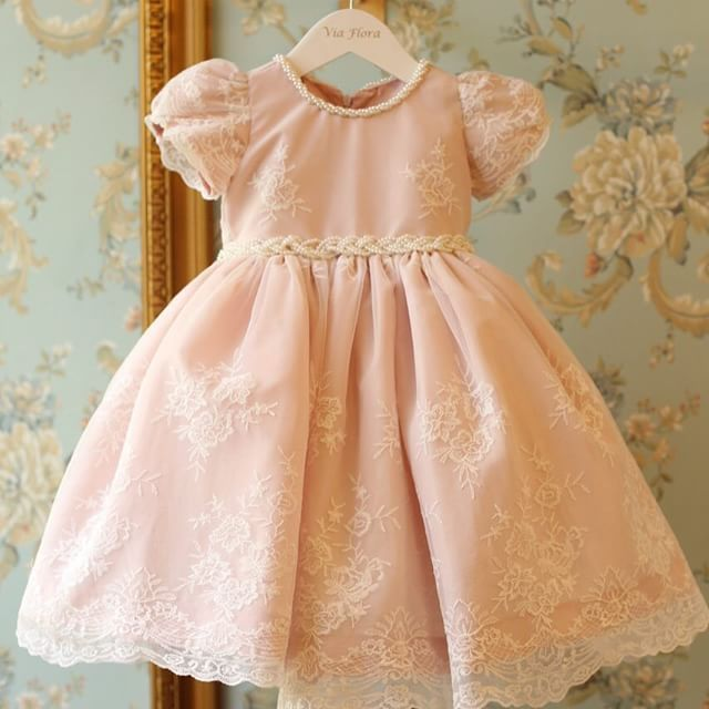 Mamí Silvia is gonna love dressing up her princess