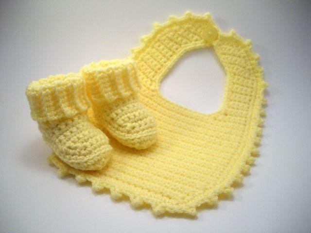 32 best Crochet : Baby Bibs images on Pinterest | Crochet ideas ...