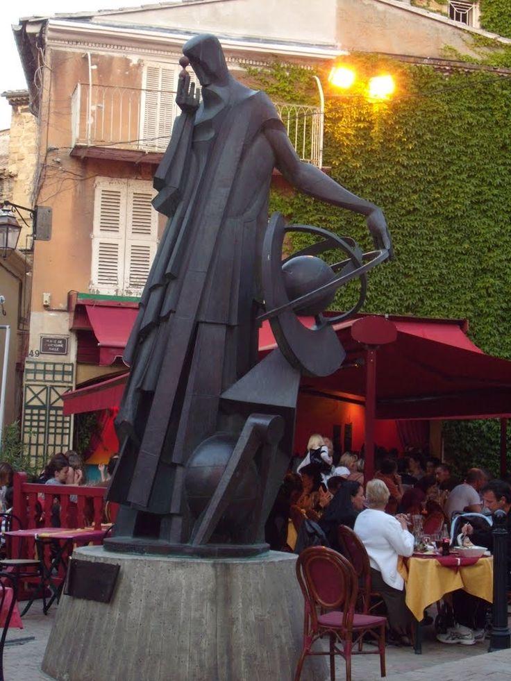 Statue de nostradamus par fran ois bouch salon de provence provence alpes cote d 39 azur france - Bernard philibert salon de provence ...