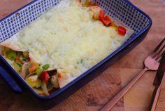 Wraps met kip en Italiaanse groenten, gegratineerd met kaas
