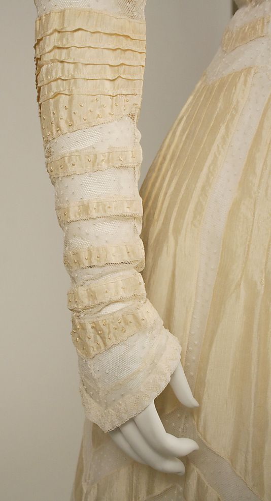 Sleeve detail, Afternoon dress, ca. 1908, American, silk