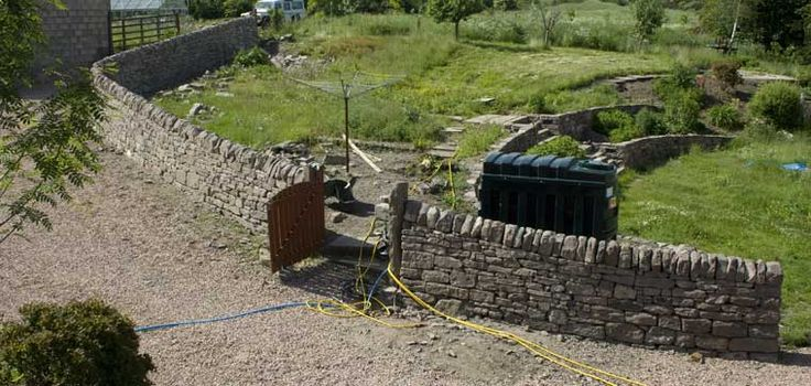 Example of Dry stone walling in Scotland
