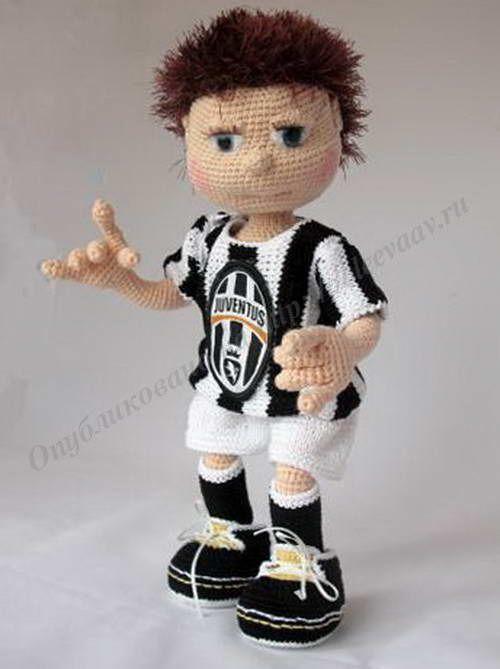 Футболист своими руками