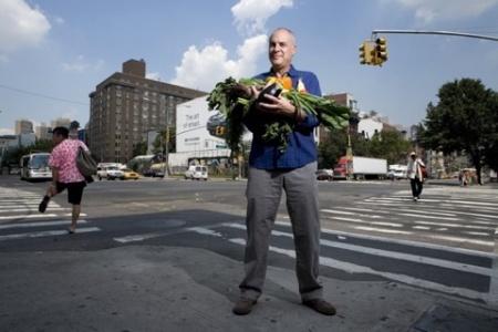Марк Биттман: Бета-каротин сам по себе не так полезен, как свежая морковь