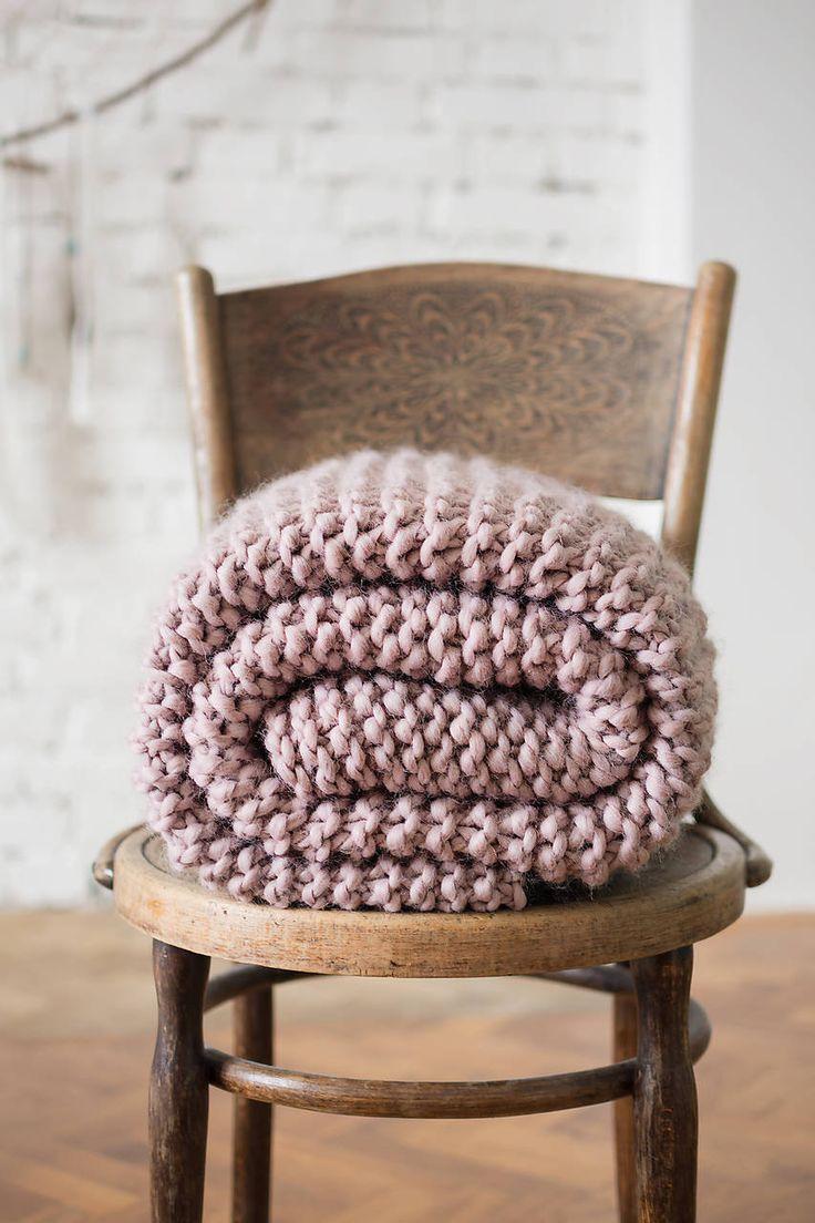 handmade wool blanket | DeDe-Jadupka