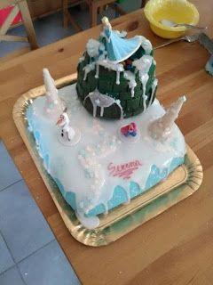 Torta castello della Reines des neiges o Frozen #reinesdesneiges #Frozen #pdz