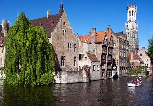 A four-star Edwardian hotel in medieval Bruges, with breakfast and a heavenly chocolate degustation