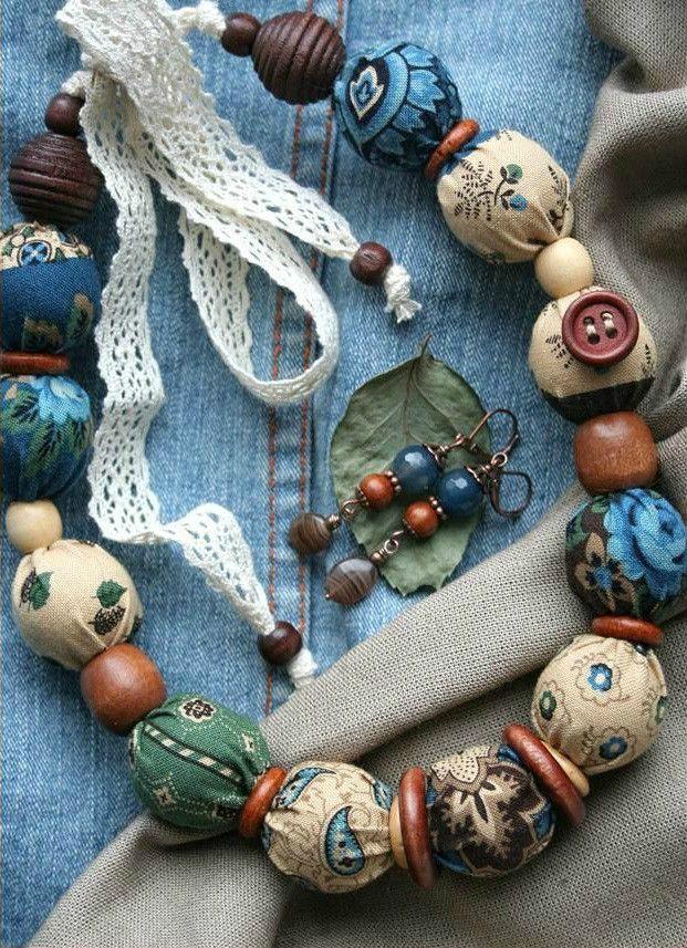 Κολιέ με χάντρες ντυμένες με ύφασμα