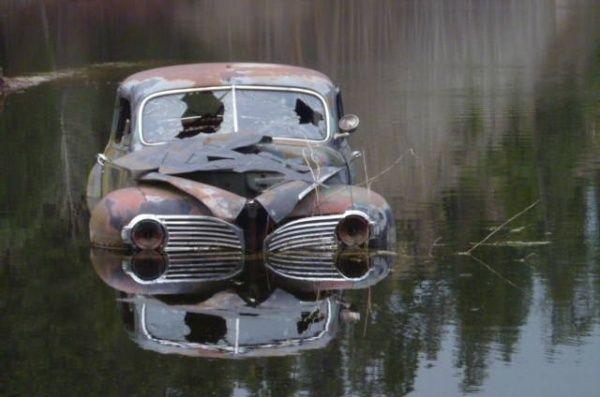 1941 Dodge Sedan With A Lake View