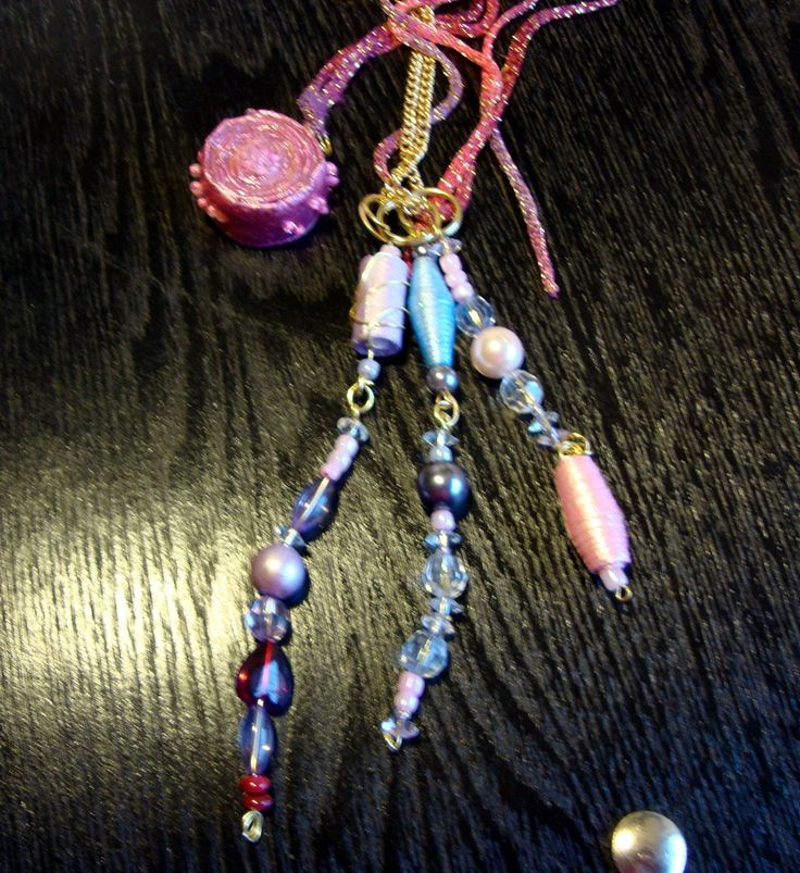 A necklace made with Paper Beads