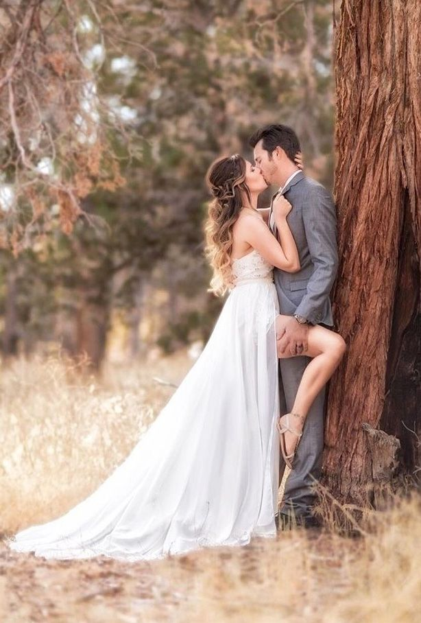 18 Breathtaking Wedding Kiss Photos Wedding Forward Romantic Wedding Photos Wedding Photos Wedding Photos Poses