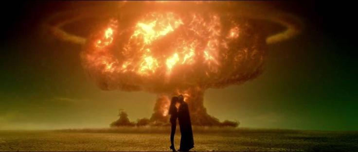 L'esplosivo bacio tra Gufo Notturno e  Spettro di Seta 1