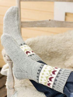 Naisen kirjoneulesukat Novita Nalle | Novita knits