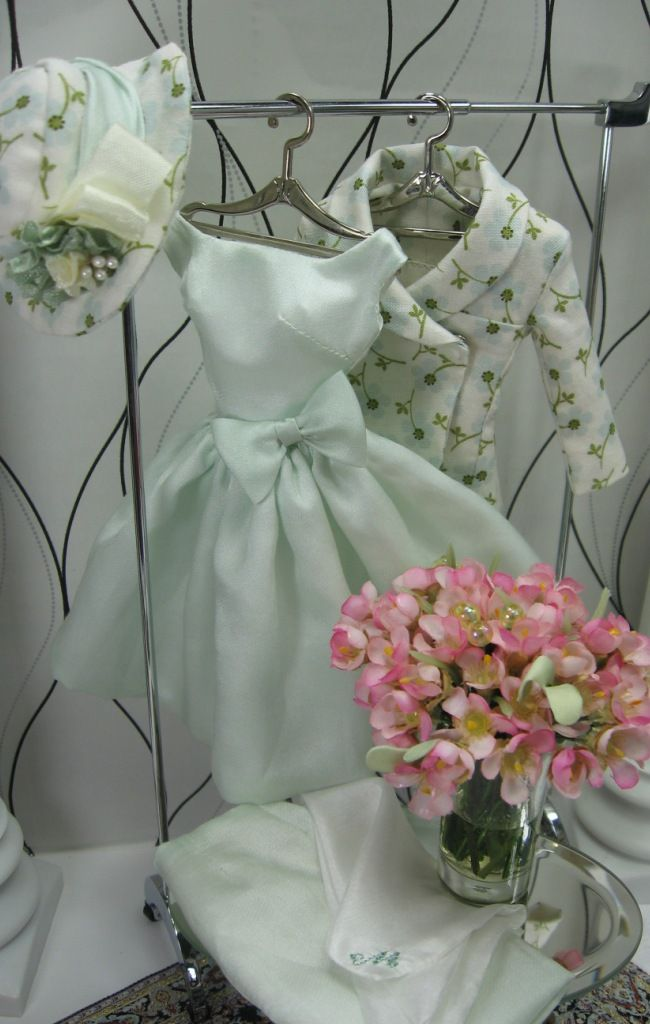 This website has wonderful tips on sewing for barbie and fashion dolls. Very informative.