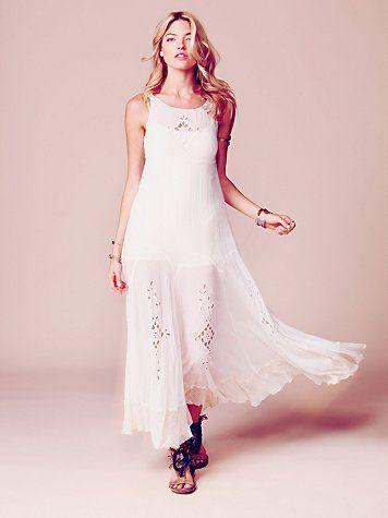 Flowy beach bride: People Fp, Summer Dresses, Maxi Dresses, Limited Editing, Brides, Beaches Bride, Free People, Editing Beaches, Bride Dresses