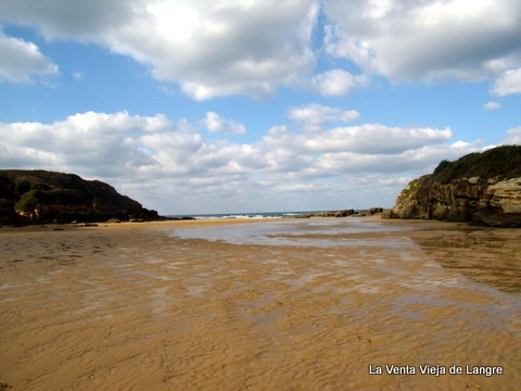 La Venta Vieja de Langre: Playa de Galizano con Bajamar