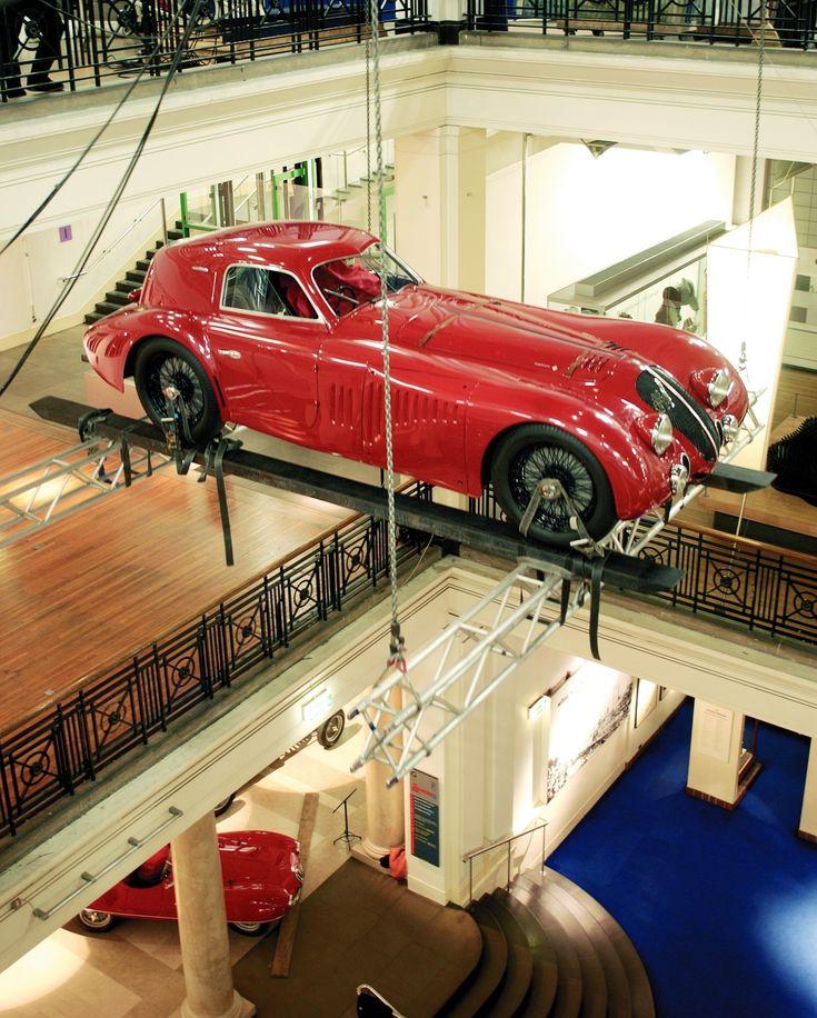 1000 images about unusual garages on pinterest car carrier ultimate garage and cars - Garage volkswagen le mans ...