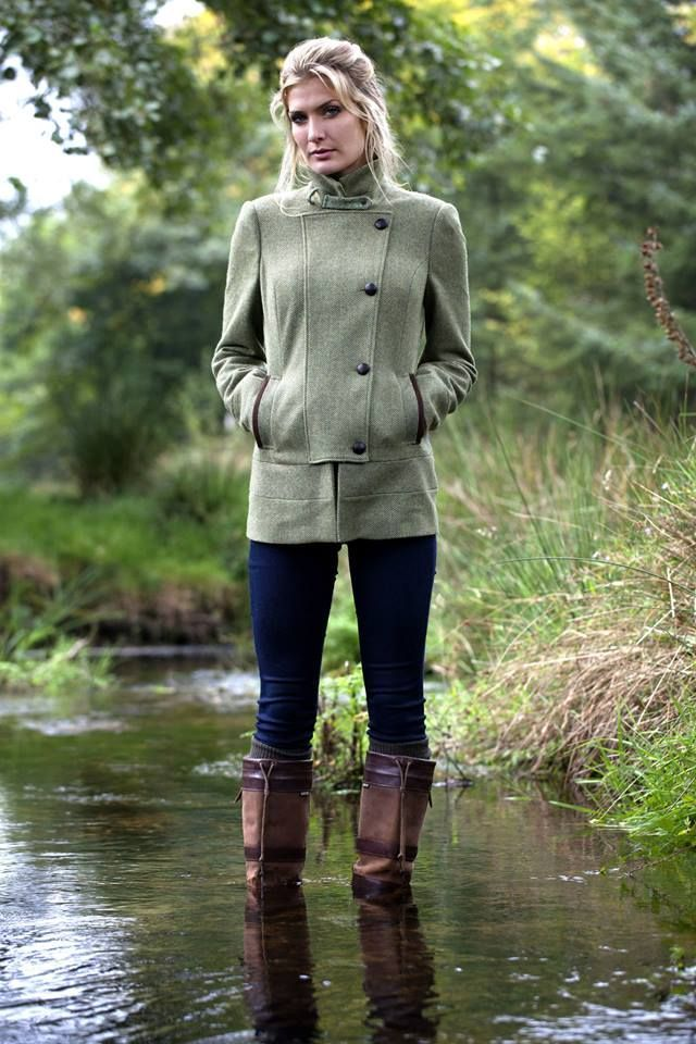 What You Should Wear When You Go Fishing Style Pinterest Tweed Country Fashion And Clothes