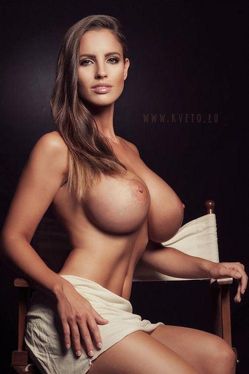 Women Sexy Tits 90
