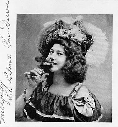 The one and only Klondike Kate: Kathleen Eloise Rockwell, the Yukon Gold Rush's favorite Vaudeville actress and dancer. When she had to get away from the Vaudeville scene, she moved to central Oregon and filed a land claim on 320 acres of dusty sageland ... and looked fabulous working on it! http://offbeatoregon.com/o1108b-vaudeville-legend-klondike-kate-bends-most-colorful-homesteader.html